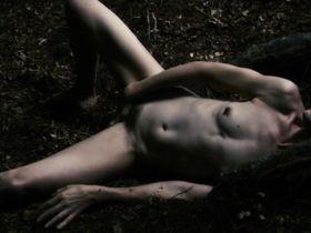 Шарлотта Генсбур голая — Антихрист (2009)