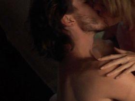 Бриджит Фонда голая — Убийца (1993)