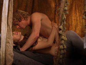 Александра Нелдель голая — Странствующая блудница (2010) #3