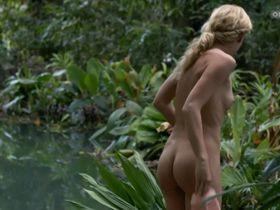 Изабелль Гершке голая - Река жизни: Потерянный на Амазонке (2013)