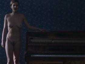 Ирина Вилкова голая, Ирина Бутанаева голая - Её звали Муму (2016)