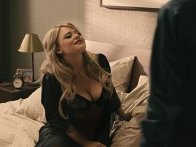 Эмили Атак секси - Удачу за хвост (2013)