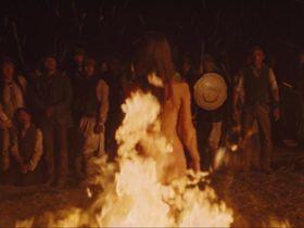 Оливия Уайлд голая - Ковбои против пришельцев (2011)
