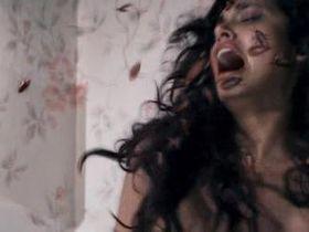 Эша Гупта секси - Третье измерение (2012)