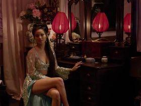 Джейми Чон секси - Железный кулак (2012)