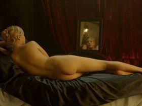Эделейд Клеменс голая - Конец парада s01e03-05 (2012)