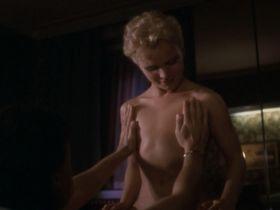 Рене Саутендейк голая - Четвертый мужчина (1983) #2