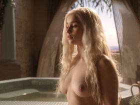 Эмилия Кларк голая - Игра престолов s01 (2011)