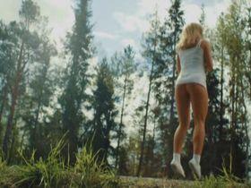 Мадлен Борг голая — Американский бургер (2014) #1