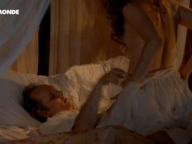 Мари-Жозе Кроз голая — Пармская обитель (2012) #3
