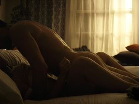 Анджела Тримбур голая — Пожар на помойке (2016)