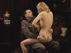 Тереза Србова голая — Эйхман (2007)