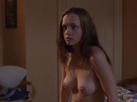 Кристина Риччи голая — Нация прозака (2001)