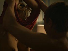 Верле Батенс голая — Многообещающее начало (2015)