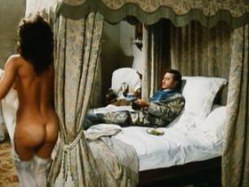 Каролин Берг голая — Маркиз дель Грилло (1981) #3