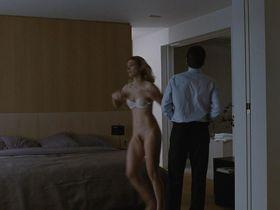 Жюли Гайе голая — Без улик (2010)