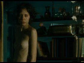 Инес Эфрон голая - Икс-Икс-Игрек (2007) #1