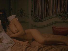 Вимала Понс голая - Николя ле Флок s01e02 (2008)
