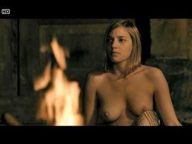 Ютта-Мерле Бёрнсен голая - Горькие вишни (2011)