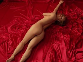 Келли Гарнер голая - Тайная жизнь Мэрилин Монро s01e01 (2015)