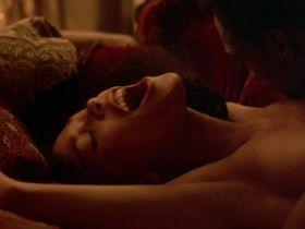 Трэйси Росс голая, Хелен Шейвер секси - Лучшая защита (1984)