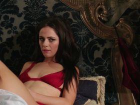 Александра Парк секси - Члены королевской семьи s01e03 (2015)
