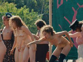 Келли Гарнер голая - Штурмуя Вудсток (2009)
