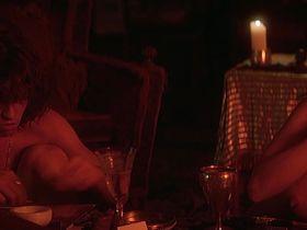 Кэтлин Куинлен голая — Дорз (1991) #2