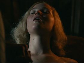 Дженнифер Лоуренс секси — Серена (2014) #2