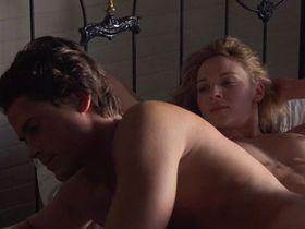 Ким Кэтролл голая — Маскарад (1988) #2