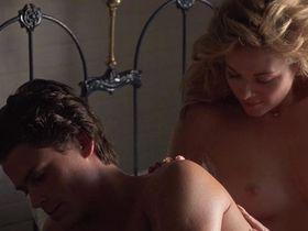 Ким Кэтролл голая — Маскарад (1988) #3