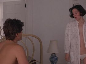 Мег Тилли секси — Маскарад (1988) #1