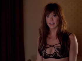 Дженнифер Энистон секси — Несносные боссы 2 (2014) #3