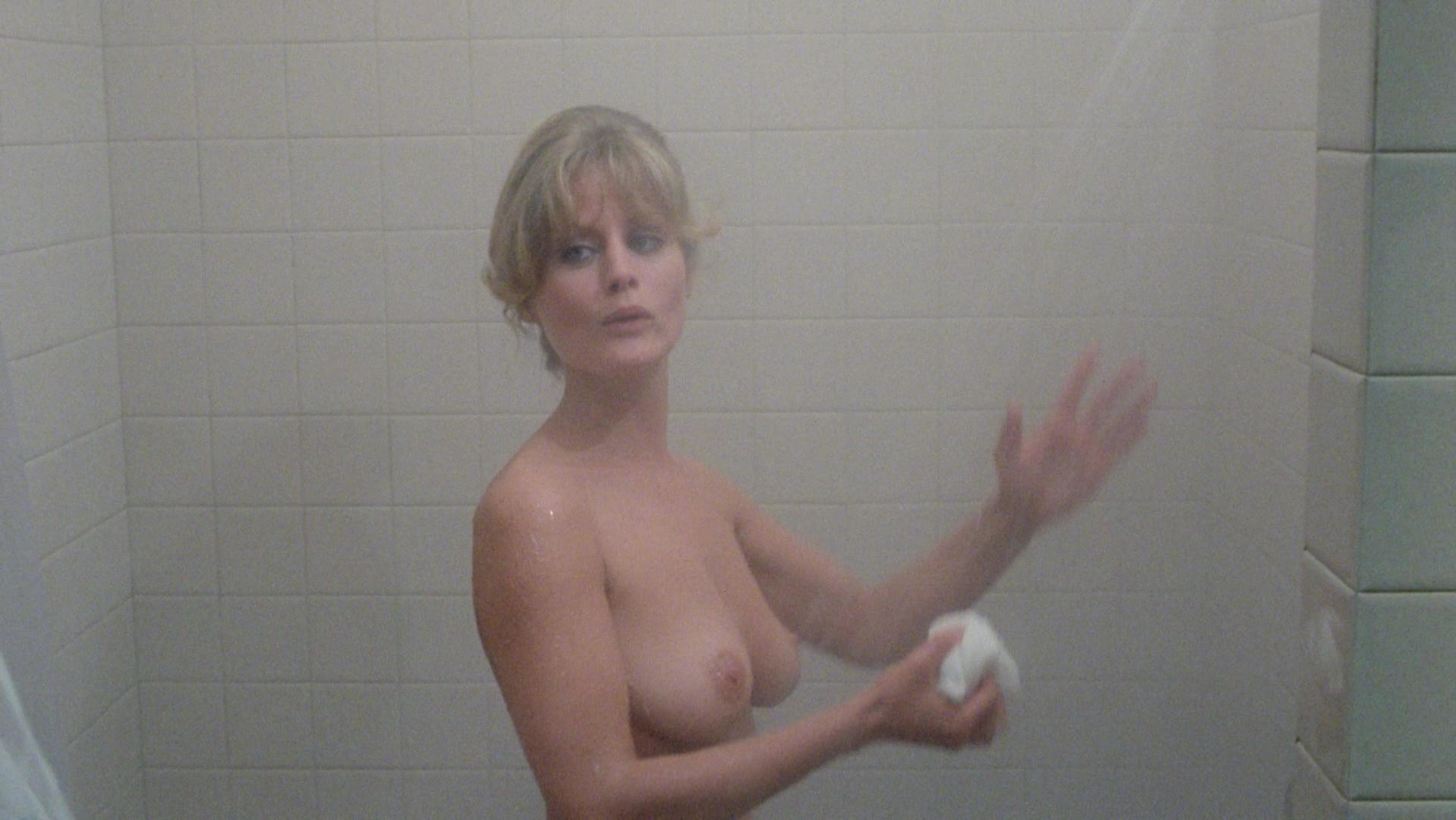 nudes-of-beverly-d-angelo