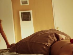 Наташа Алам голая — Волк оборотень (2013)