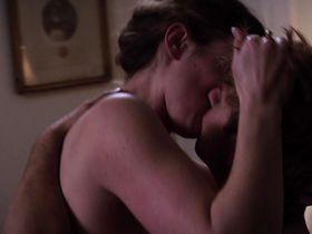 Элизабет Хенстридж секси — Томпсоны (2012) #2