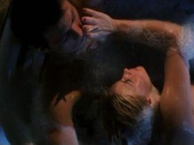 Патриция Аркетт голая — Настоящая любовь (1993)