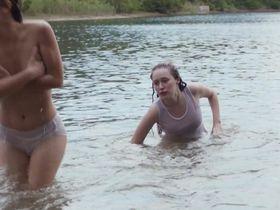 Алисия Дебнем-Кери секси, Аделаида Кейн секси, Кэти Гарфилд секси - Рука дьявола (2014)
