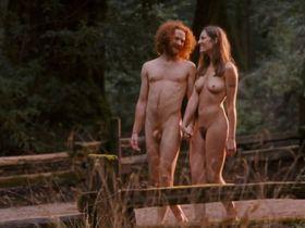 Пас де ла Уэрта голая, Николь Уайлдер голая - Путешественник (2006) #1