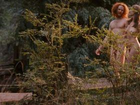 Пас де ла Уэрта голая, Николь Уайлдер голая - Путешественник (2006) #3