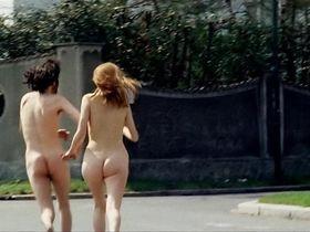 Бритт Экланд голая - Каннибалы (1970)