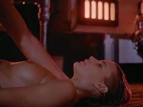 Дэрил Ханна голая, Тони Калем голая - Бесстрашный (1984)
