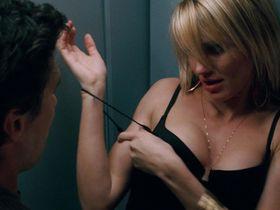 Камерон Диаз секси — Подальше от тебя (2005)