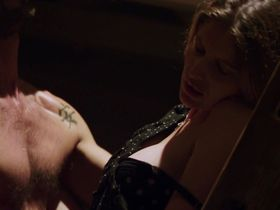 Летиция Каста секси — Вот так подружка (2014) #2