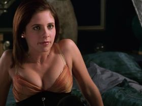 Сара Мишель Геллар секси — Жестокие игры (1999)