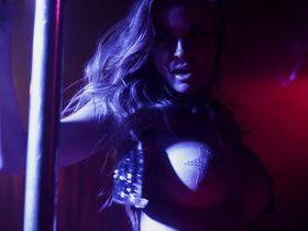 Кармен Электра секси — Моника (2014)