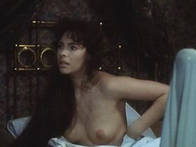 Матильда Мэй голая, Вирджиния Мэдсен голая - Обретая себя (1991)