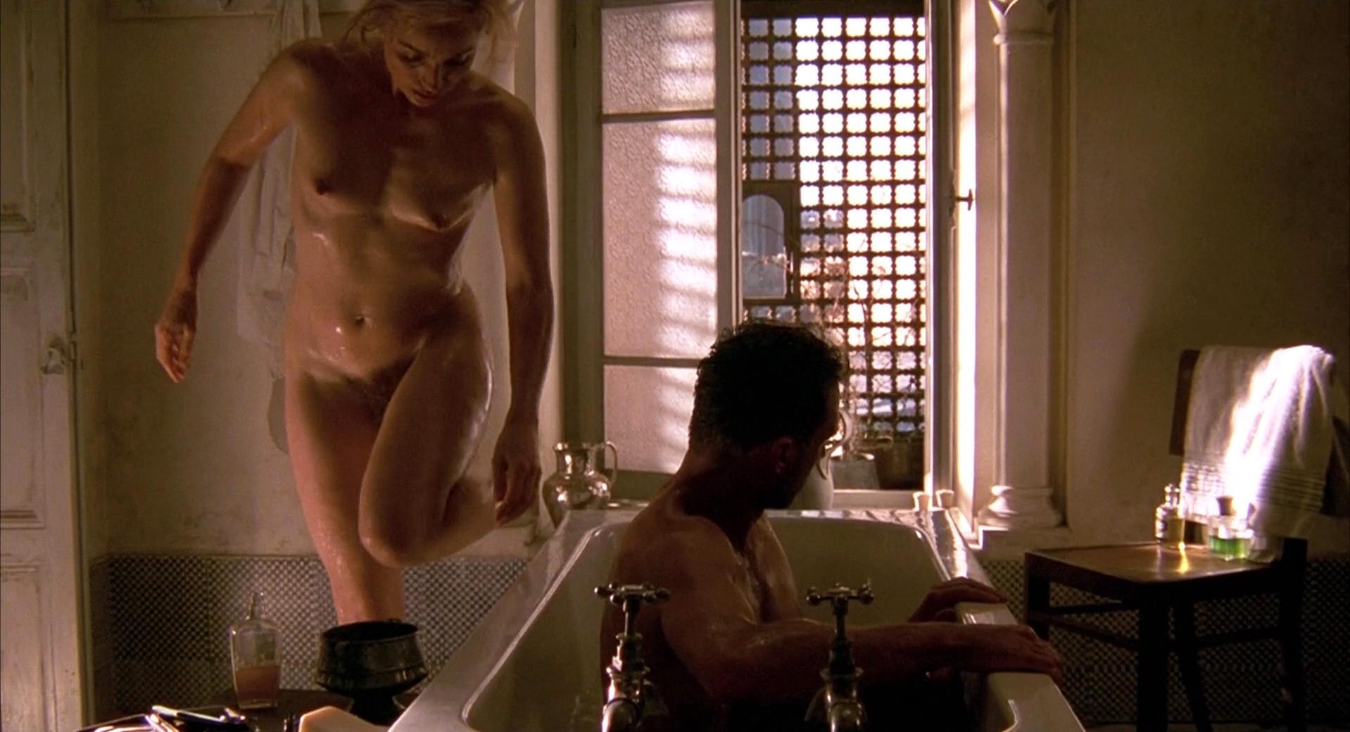 Kristin scott thomas fully nude picture captures
