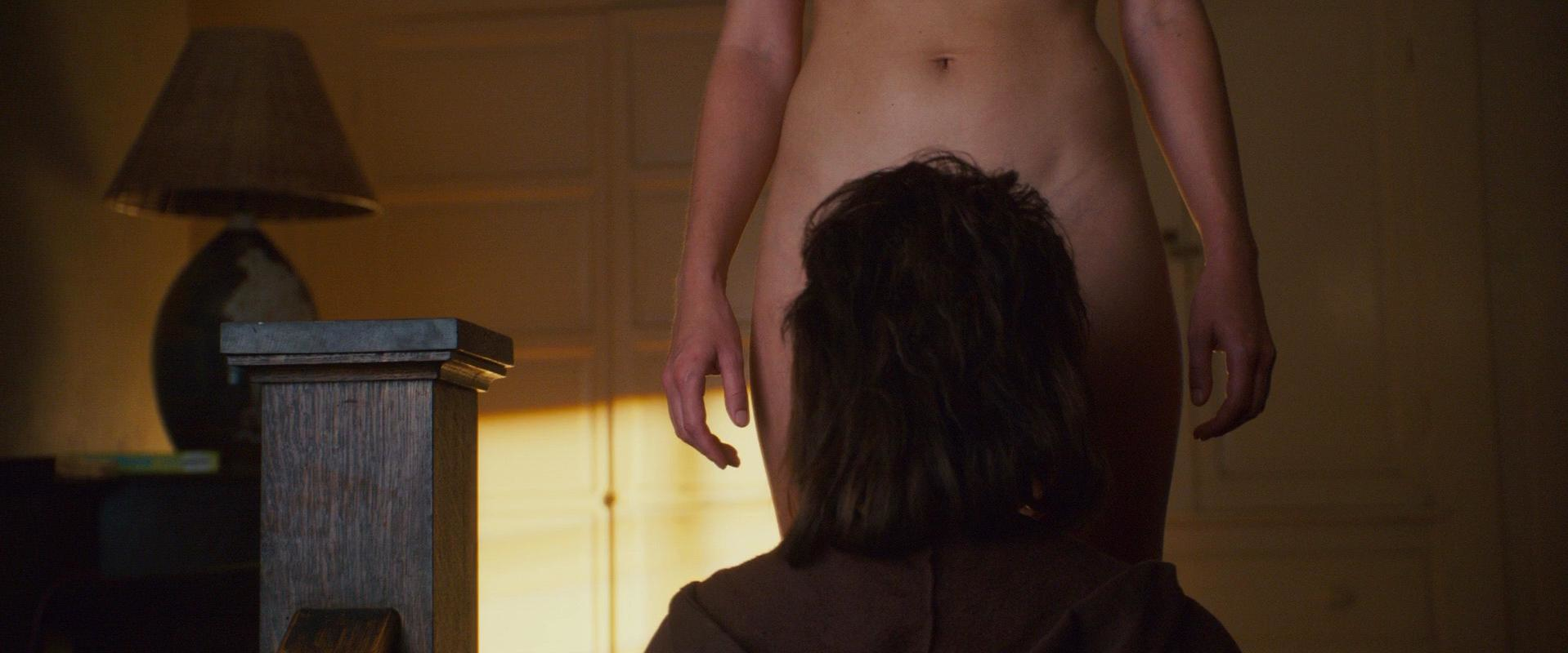 Anna faris hot ass nude 15