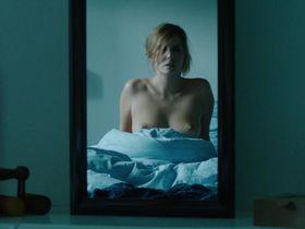 Лоранс Арне голая - Наверняка (2014)